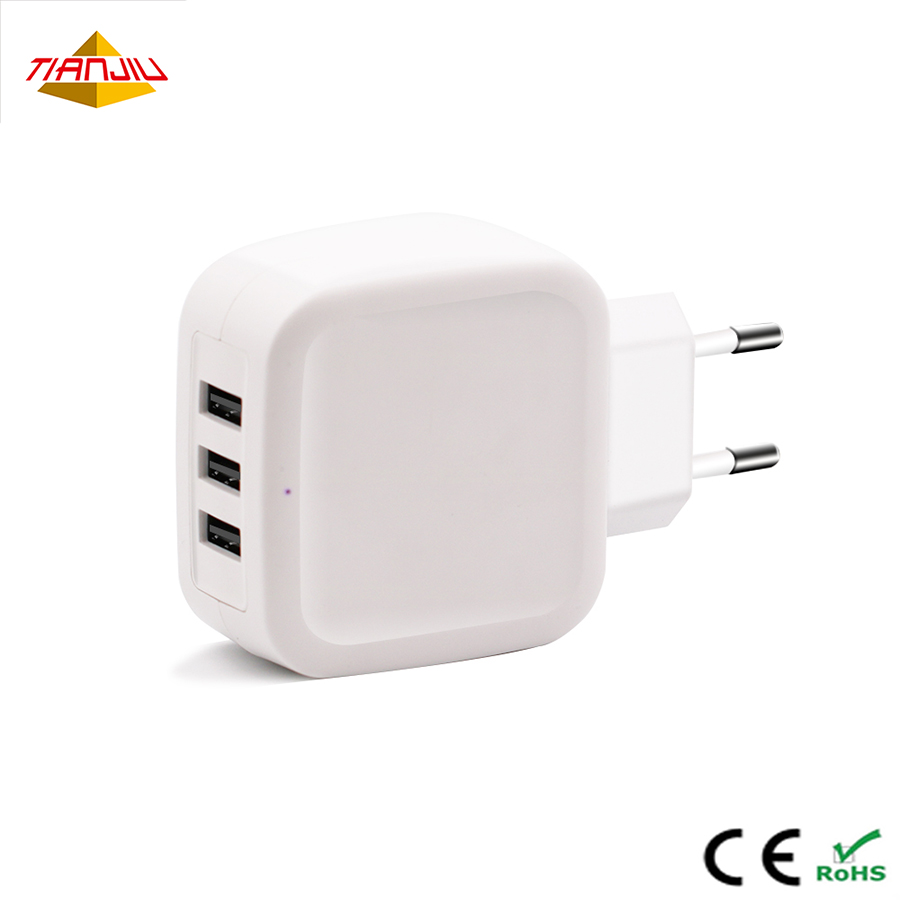 CE ROHS 5 V 5A daya 3 Port USB Wall Charger