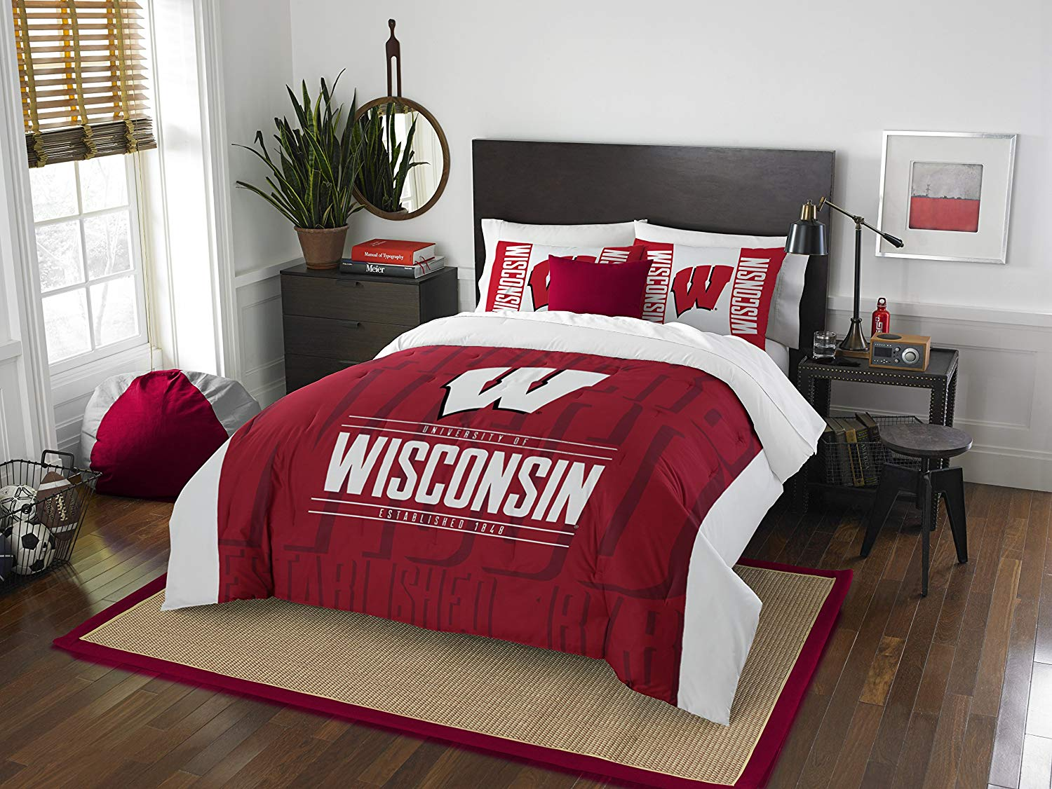 Wisconsin Badgers 7 Piece FULL SIZE Printed Comforter Bedding Set & w/ NEW Team Anthem Colored Sheets - Includes: (1 Full Size Comforter, 1 Flat Sheet, 1 Fitted Sheet, 2 Pillow Cases, 2 Pillow Shams)