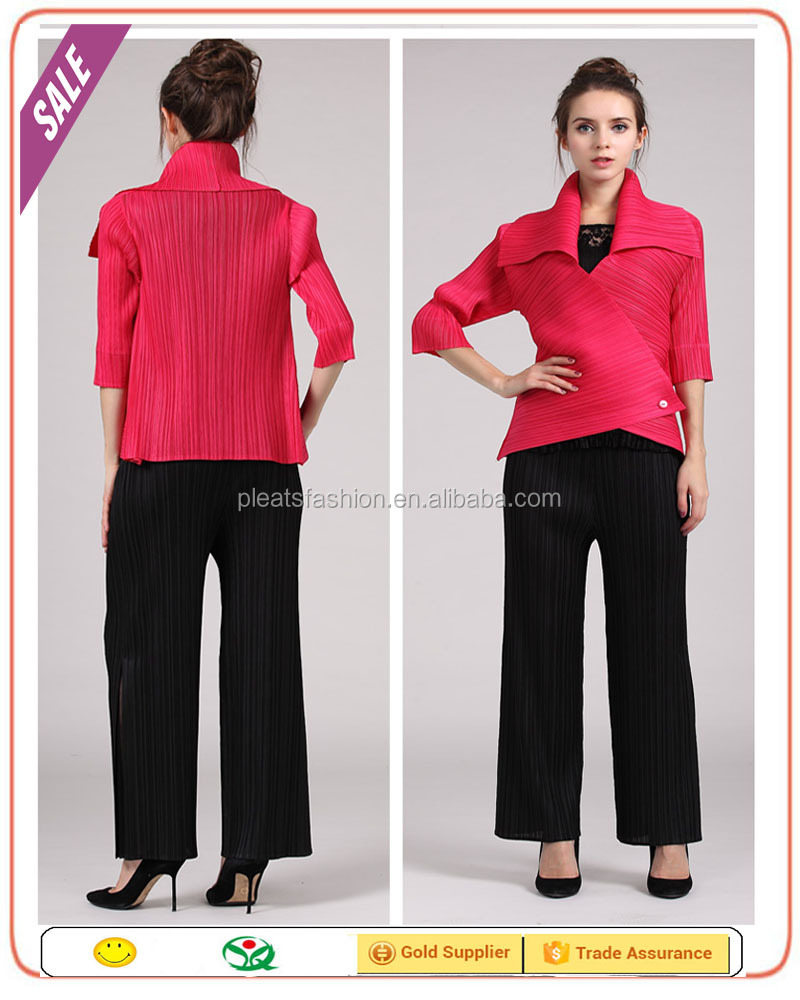 Dongugan clothes factory latest new style middle age women wholesale clothing