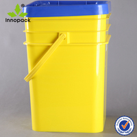 5 gallon hard plastic container with lid