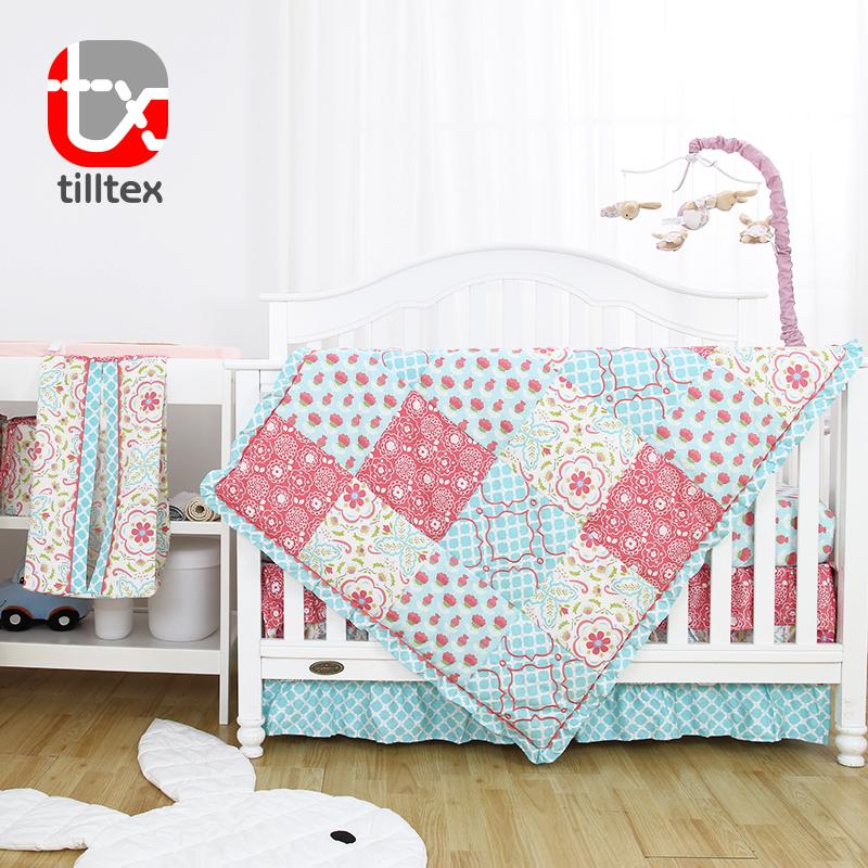 ผ้าฝ้าย 100% sateen พิมพ์ดอกไม้หรูหราใหม่เด็กทารกชุดเครื่องนอน