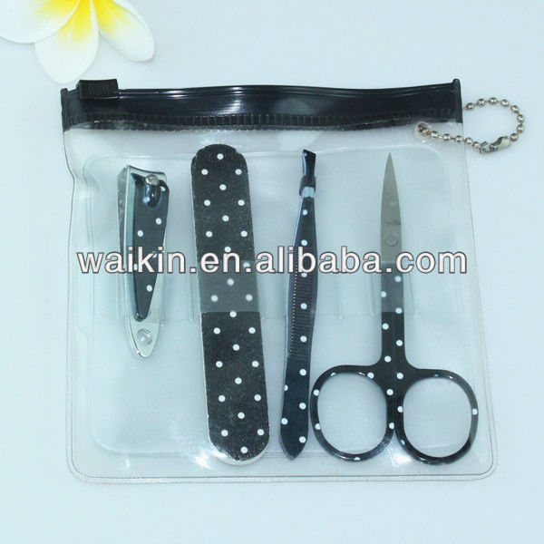 Exquisite Personal Care Polka Pattern 4pcs Manicure Kits Set with Keychain PVC Bag