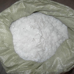 The biggest manufacturer Sodium hydroxide Pearls Flakes 99% Caustic soda price