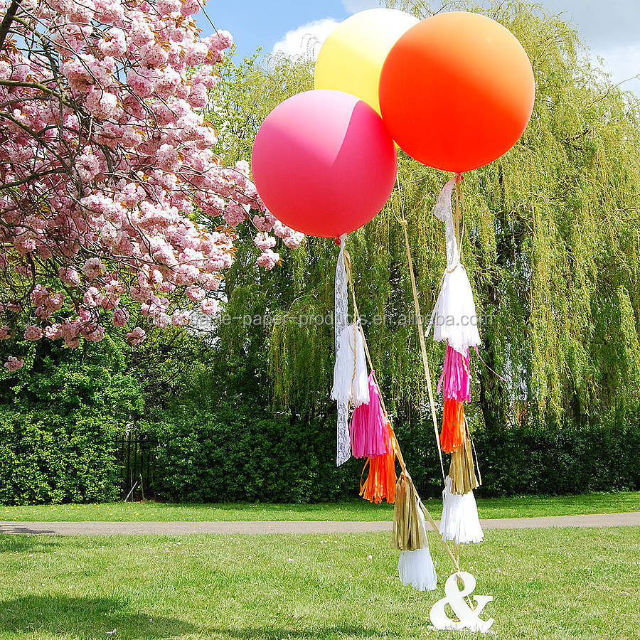 New party decoration ideas giant round tasselled helium for Helium balloon decoration