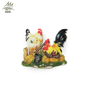 Wholesale resin chicken shape interior decoration sculpture for home