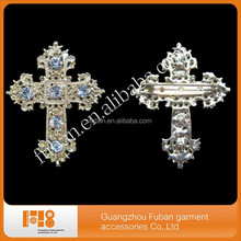 fashion rhinestone gold plating bling cross brooch for wholesale