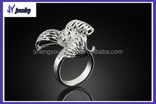 Wholesale Alibaba Fashion 925 Silver Flower Rings Design for Women with Price