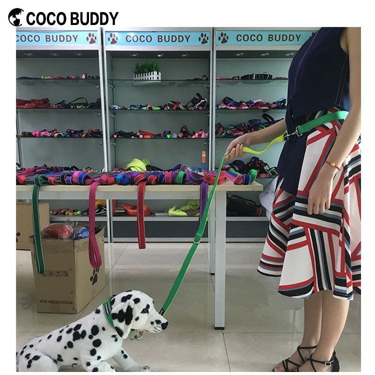2017 New Style Multi Function Dual Dog Leash Dog Leash Double Hooks Pet Accessory Factory Wholesale