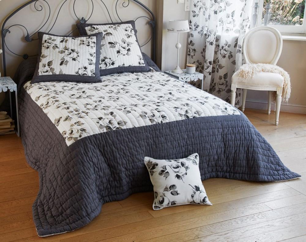 Romantic Honeymoon Bed : Wedding Bed Sheet - Buy Bed Sheet,Beautiful Wedding Bed Sheet,Romantic ...