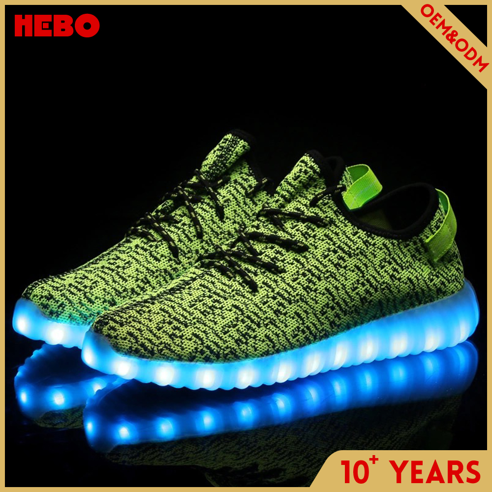 Fly knitting upper material led flash light shoes for men