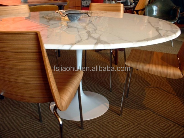 Amazing Replica Eero Saarinen Tulip Table Round Marble Dining Table For Sale