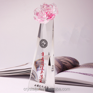 best selling indian beautiful pink colorful rose crystal trophy