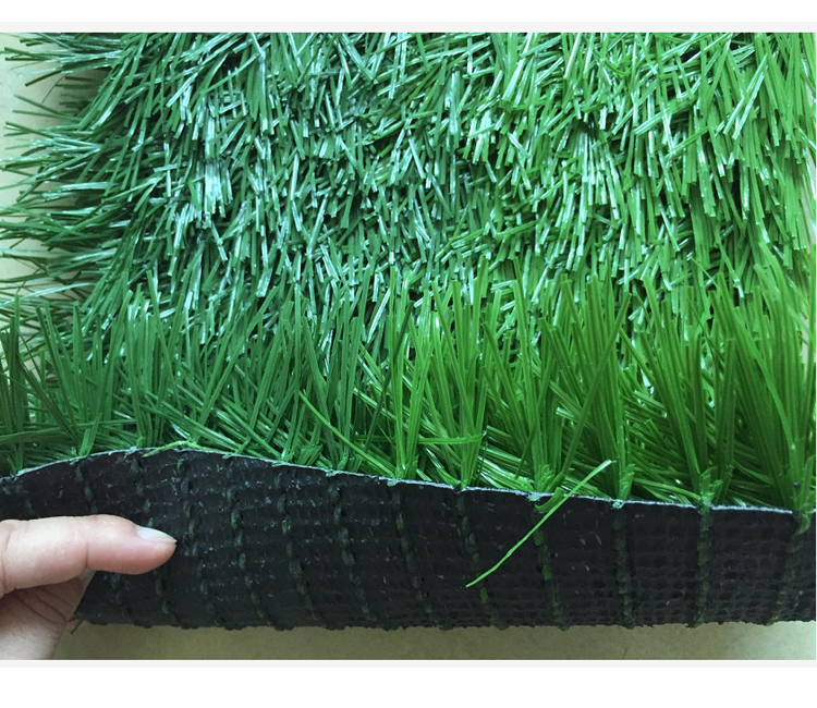 Guangzhou factory supply artificial grass for football/artificial turf grass/artificial grass mat