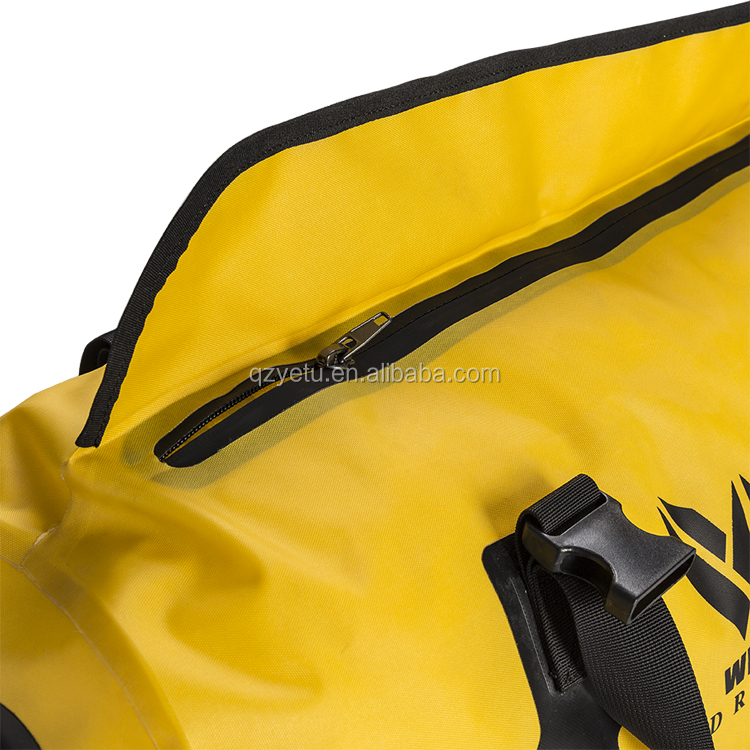 Promotional Wholesale 420D Nylon TPU Waterproof Sport Duffel Travel Bag with Custom Logo