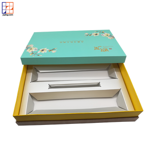 2019 Guangzhou luxury design paper packaging mooncake box with paper/PET tray