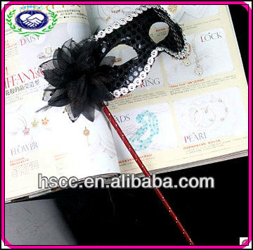 China Manufacturer Masquerade Sequins Eye Mask With Stick
