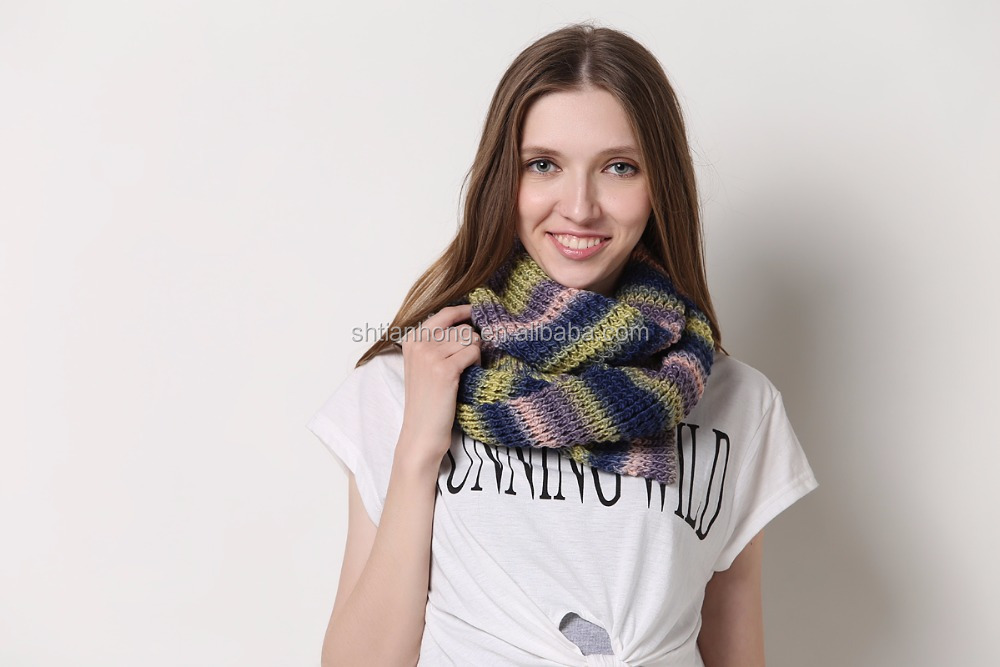 winter fashion acrylic knitted scarf in jacquard pattern