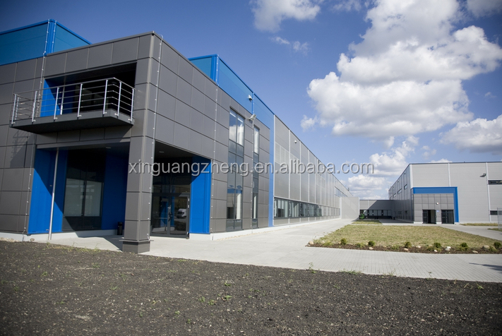 Pre engineered sandwich panel prefabricated light steel structure warehouse