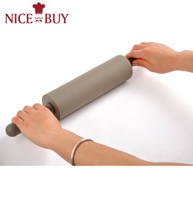 Wholesale High Quality Non-stick Silicone Surface Rolling Pin custom pin badge