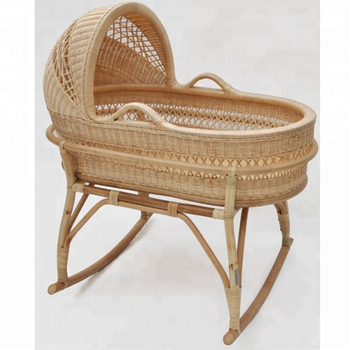 High Quality Natural Rattan Baby Crib Baby Bassinet Bay Bed With Canopy