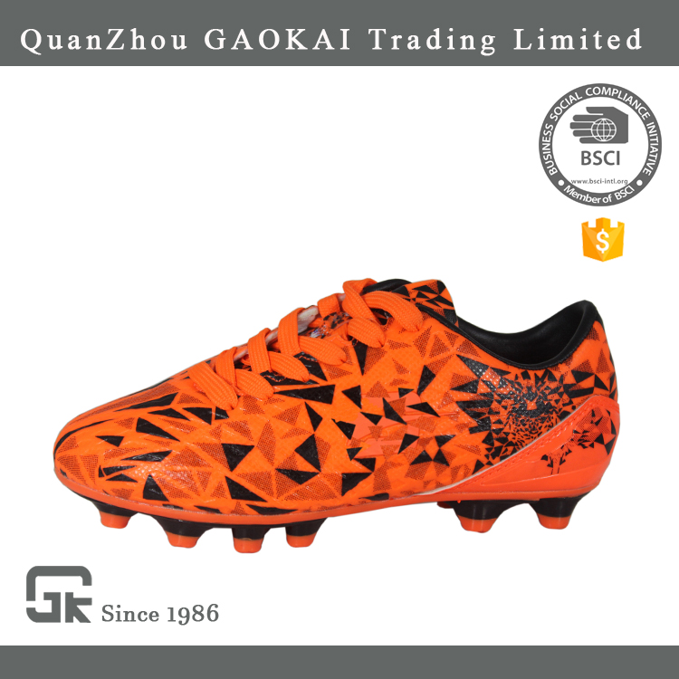 Popular Made In China Sport Shoes, Football Soccer Shoes Outdoor