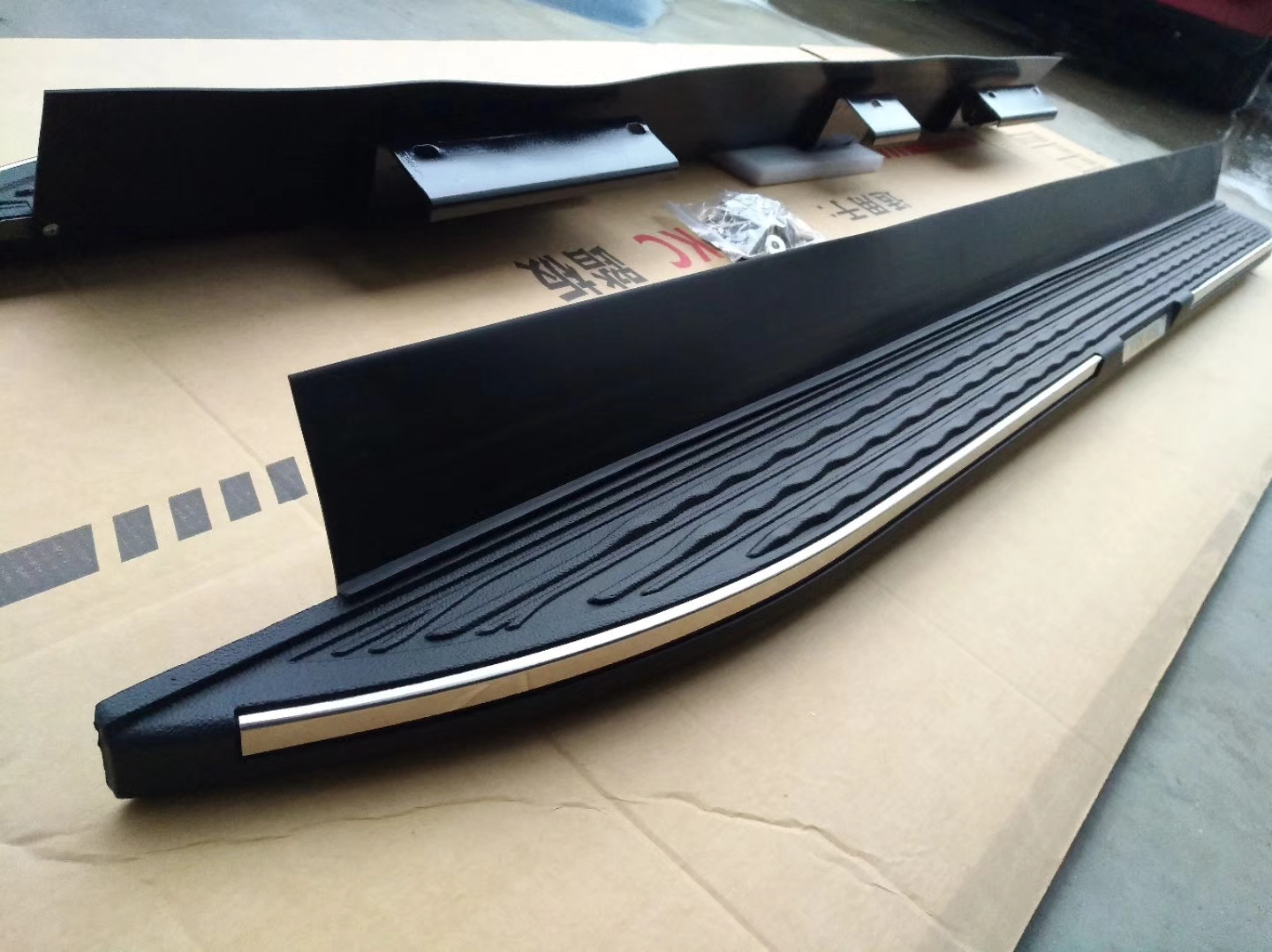 oem running board for toyota highlander suv view running board ultiauto product details from changzhou paragon vehicle accessories co ltd on alibaba com oem running board for toyota highlander