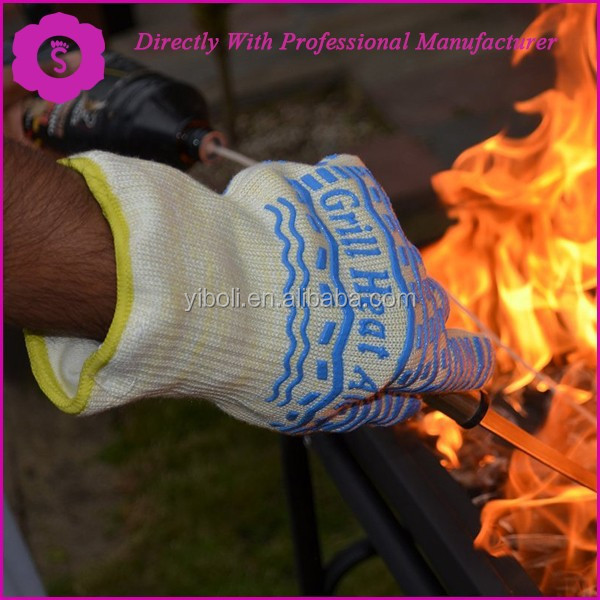 EN407 Certified to withstand 932F White Woven Aramid with Non-Slip Blue Silicone, One Size fits Most, Oven, Grill & BBQ Gloves