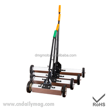 Manual Type Magnetic Floor Sweeper with Handle Release