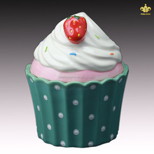 Ceramic Type and Eco-Friendly Feature Ceramic Decorated Cookie Jar with Cupcake Design