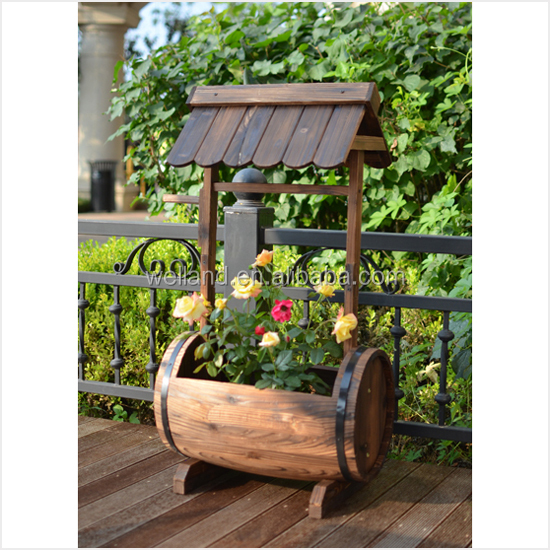 Well Decor: Old Fashioned Wooden Barrel Planters Garden Patio