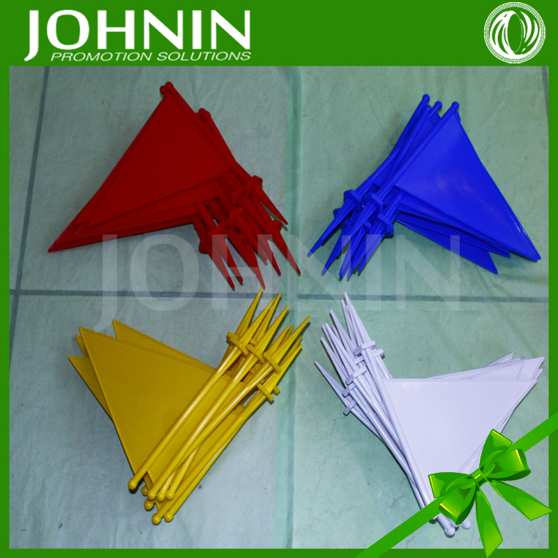 Promotional sprot durability plastic pennants cricket boundary flags