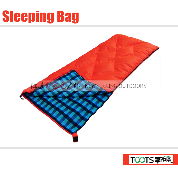 TOOTS Outdoor Sports Classic Rectangular Sleeping Bag with Stuff Sack (190x75cm)