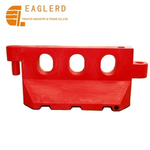 Red and Yellow Water filled red plastic road traffic barrier supplier
