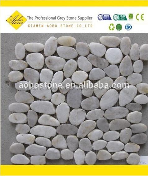 farbige garten kies kopfsteinpflaster steine fliese kieselstein teppich mosaik fliesen. Black Bedroom Furniture Sets. Home Design Ideas