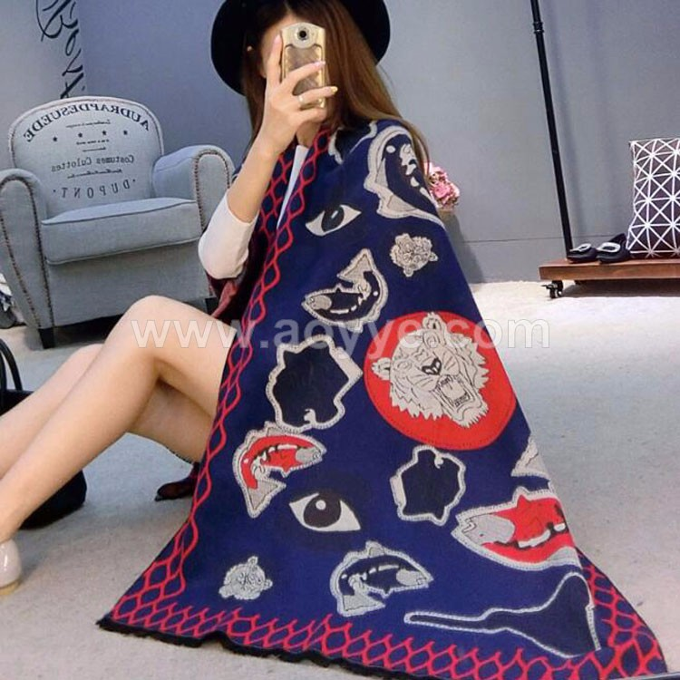 OEM custom logo eye tiger pattern print double sides woman shawl