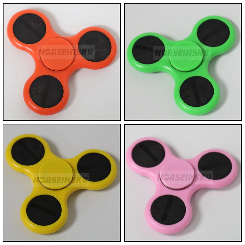 LED Word Tri Fidget Spinner Finger Spinner Toy for Relieving Stress