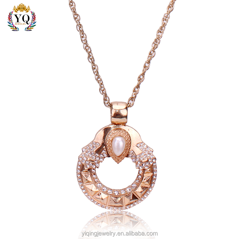 PYQ-00090 pearl crystal decorated custom jewelry gold plated alloy pendant necklace