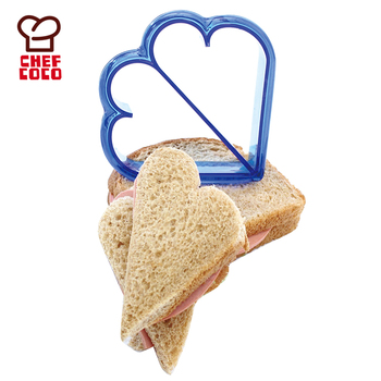New design plastic sandwich heart shape cutter bread biscuits embossed device cake tools