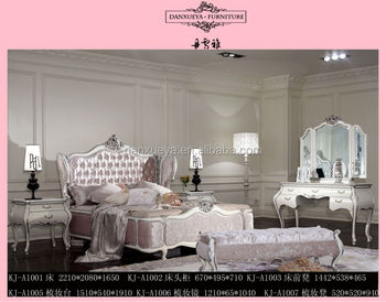 separation shoes 6b339 65d1f High Headboard With Pink Velvet Crystal Button King Size Queen Size Bedroom  Set - Buy Antique King Size Headboard,King Size Pink Vevet Headboards,King  ...