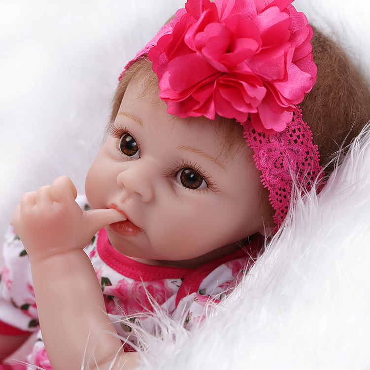 New commodity silicone reborn baby dolls toy girls kids brinquedos Christmas birthday gift newborn girl babies