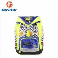 Exquisite workmanship fashionable durable modeling backpack bags school bag