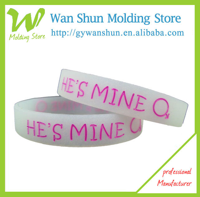 Cheap Silicone Bracelet with Company Logo Best Promotional Items