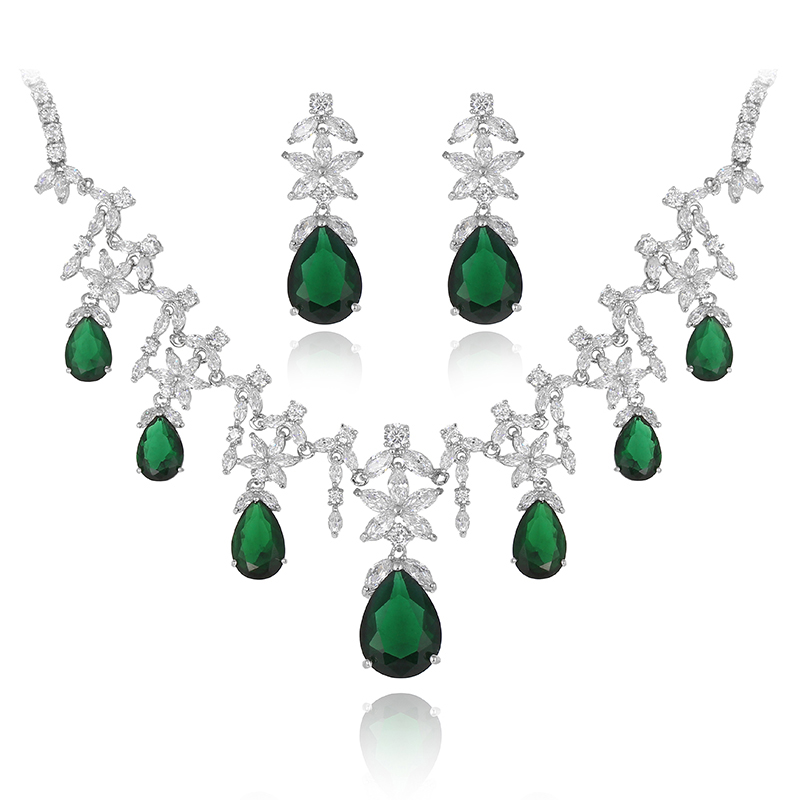 White Gold Strong Emerald Element Green Austrian Cz Crystal Teardrop