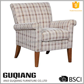 Wood Frame Armrest Chesterfield Sofa Covered With Tartan Fabric In European  French Style