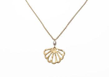 Seashell gold necklace gold seashell necklace pearl necklace sea seashell gold necklace gold seashell necklace pearl necklace sea necklace little mermaid aloadofball Gallery