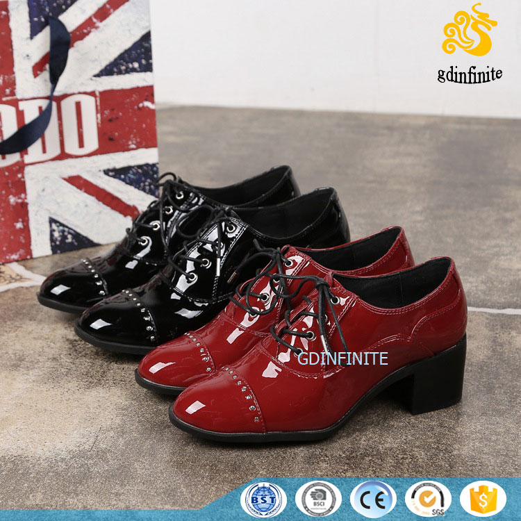 China Factory Wholesale Women's Patent Leather High Quality Oxford Lace Up Shoes Mid Block Heels