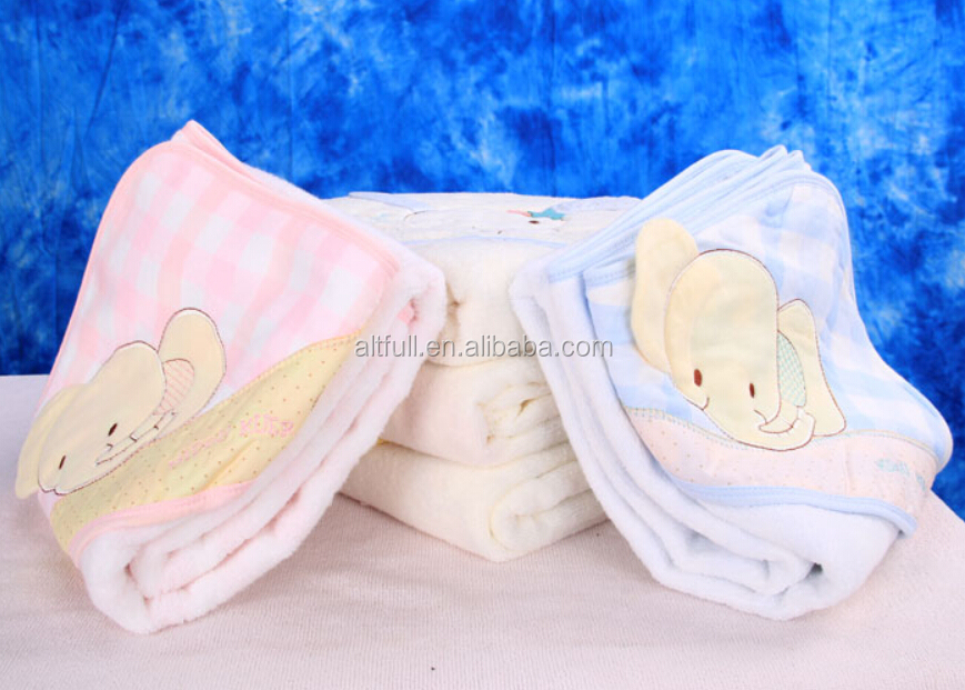 China supplier nature organic bamboo fabric Cut pile reactive printing Baby Hooded bathrobe Towel
