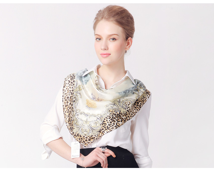 2015 spring and summer high quality 100% silk scarf  90x90cm large square neck foulard women pure silk fashion scarves
