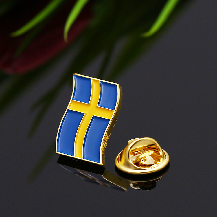 New design custom metal zinc alloy gold enamel national country flag lapel pin