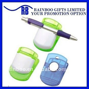 Plastic magnetic clip with pen holder for Promotion and school